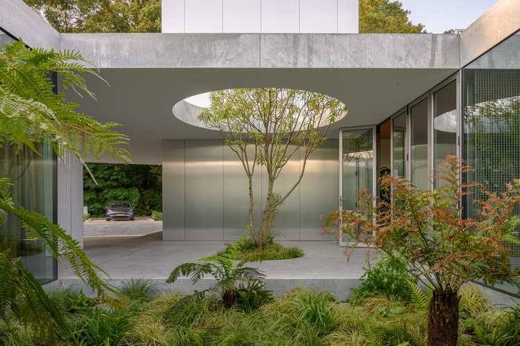 Villa cincuenta-cincuenta / Studioninedots, © Frans Parthesius