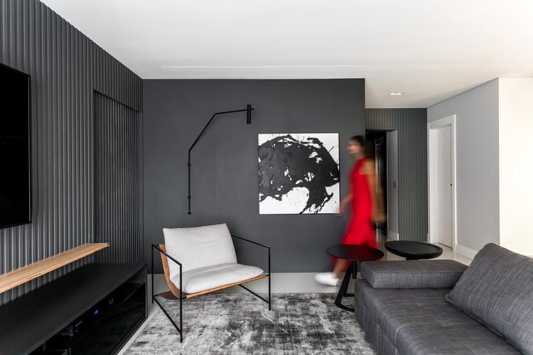 Apartamento Tomate  / NK Arquitetura, © Eduardo Macarios