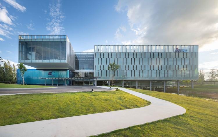 IRPC Innovation Center  / Architects 49, © Rungkit Charoenwat