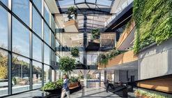 Desizo Monni Administrative Building / A&A Architects