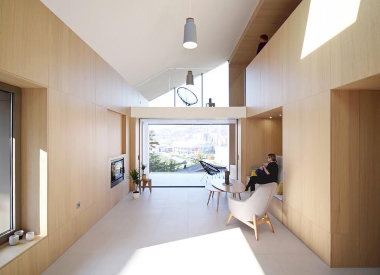 Casa Pela Metade  / Projekt V Arhitektura, © Projekt V Arhitektura