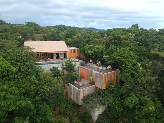 Casa La Extraviada / em-estudio