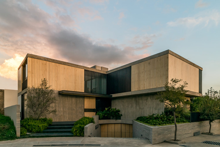 Casa AB07 / 0studio Arquitectura, © AL OJO