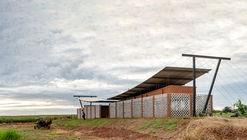 Nordeste Curuguaty Offices / Mínimo Común Arquitectura