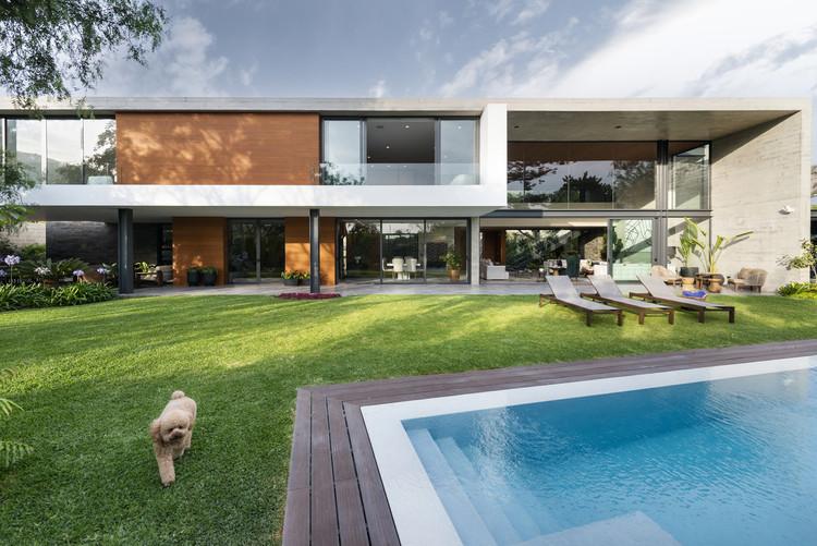 Casa CF / Domenack Arquitectos, © Renzo Rebagliati