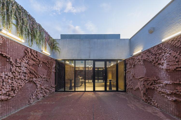 Arts Center nOna / dmvA, © Sergio Pirrone