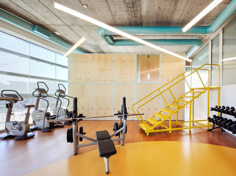 Chemo Gym / Jorge Vidal, © José Hevia