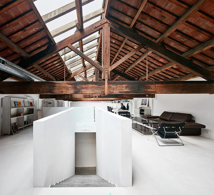 Carles Taché Art Gallery  / Jorge Vidal, © José Hevia