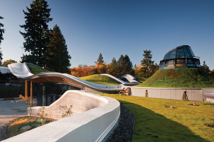 Centro de Visitas do Jardim Botânico de VanDusen / Perkins&Will, © Nic Lehoux