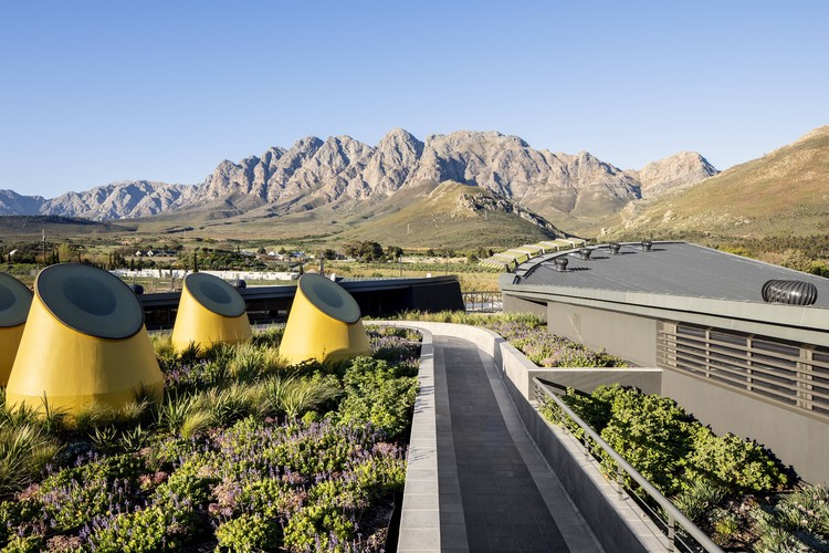 Botha's Halte Primary School / Meyer & Associates Architects, © Adam Letch
