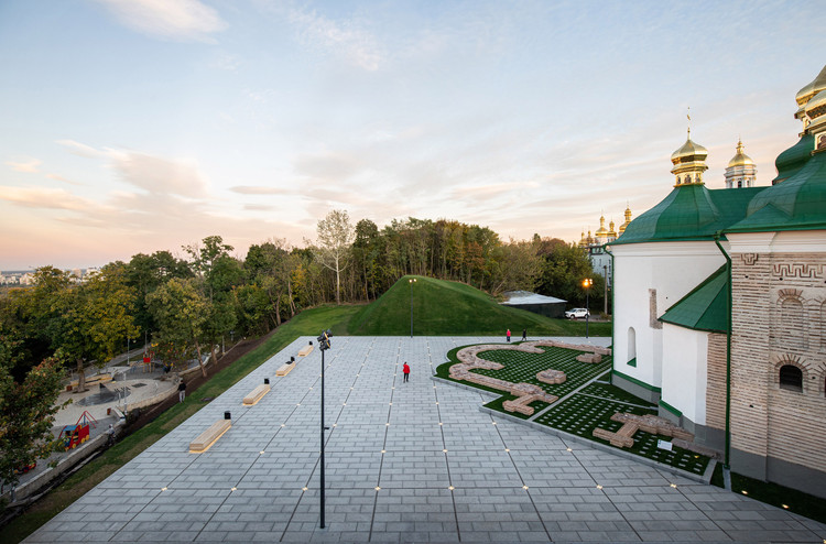 Renovation of the Spassky Bastion and Church Public Square / AER, © Ivan Avdeenko