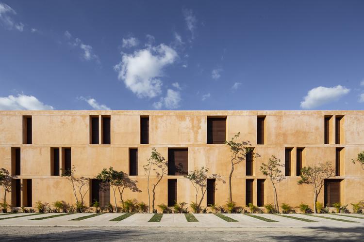 Housing Complex Corazón de Tierra / P11 Arquitectos, © Eduardo Calvo Santisbón