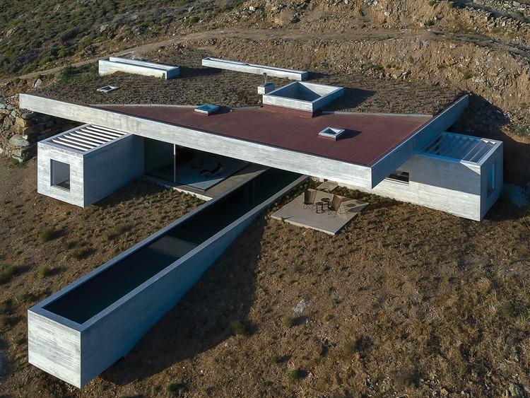 Casa Lap Pool / Aristides Dallas Architects, © Panagiotis Voumvakis