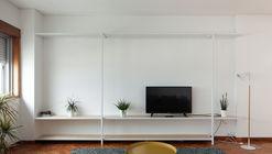 Apartamento de Gonçalo Cristovão / Merooficina