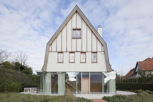 Rag Doll House / Delmulle Delmulle Architecten