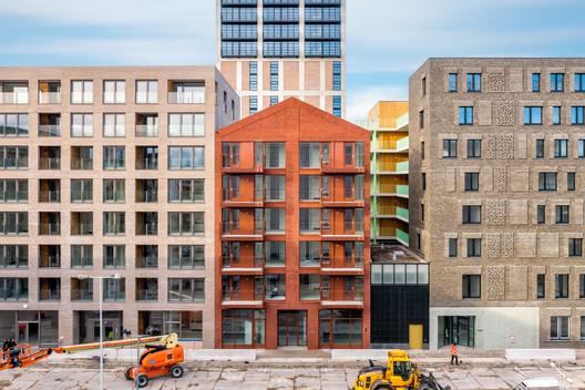 Apartment Building Red Ruby  / Bureau Fraai