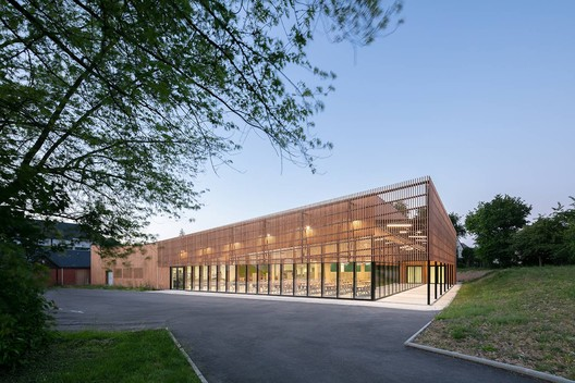 Rene Cassin School Canteen / Brulé Architectes Associés