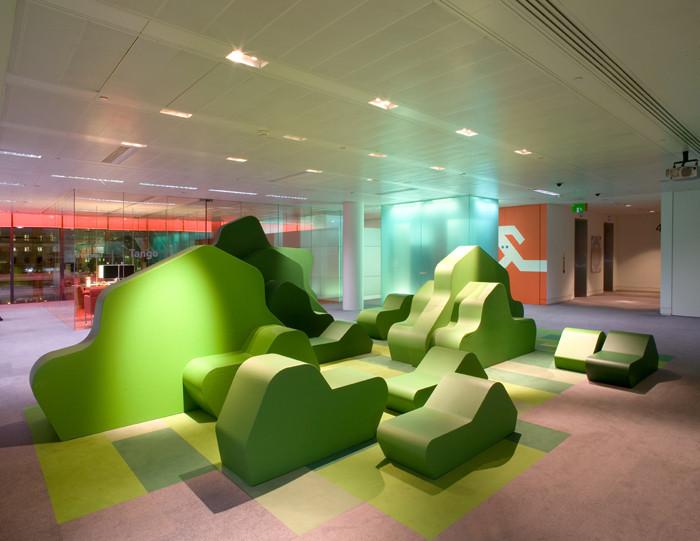 Bloomberg Installation / Jump Studios. Image Courtesy of Jump Studios