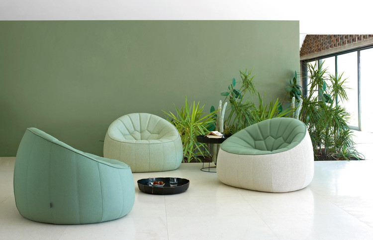 Ottoman | Footstool Outdoor Complete Item by Ligne Roset on Architonic. Image Courtesy of Ligne Roset