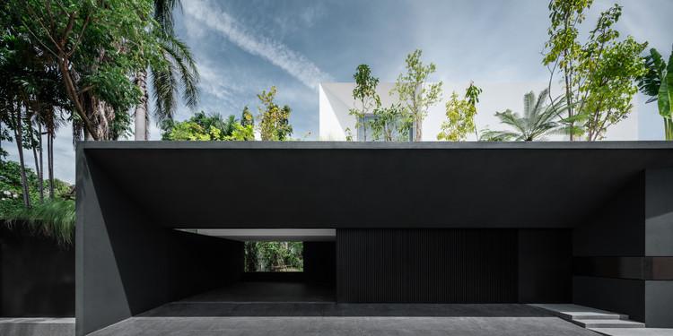Interlude House / Ayutt and Associates design, © Chalermwat Wongchompoo