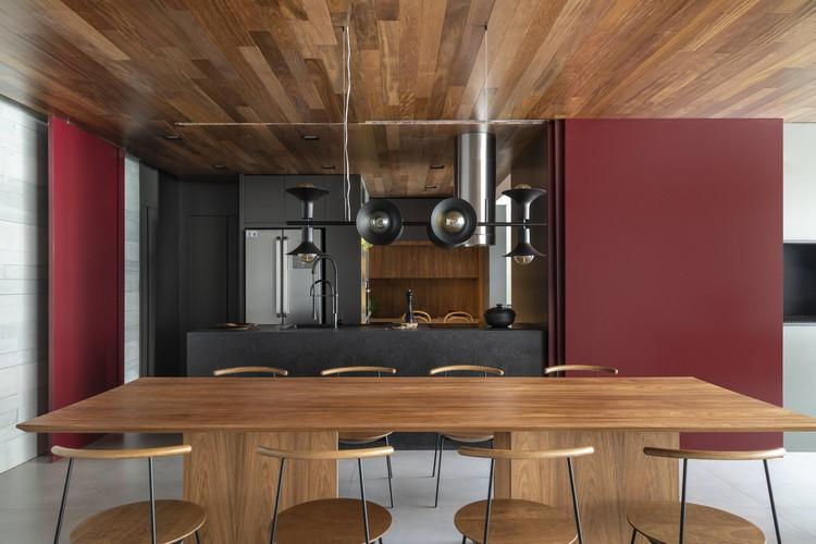 Apartamento Platô II / Sala2 Arquitetura, © Evelyn Muller