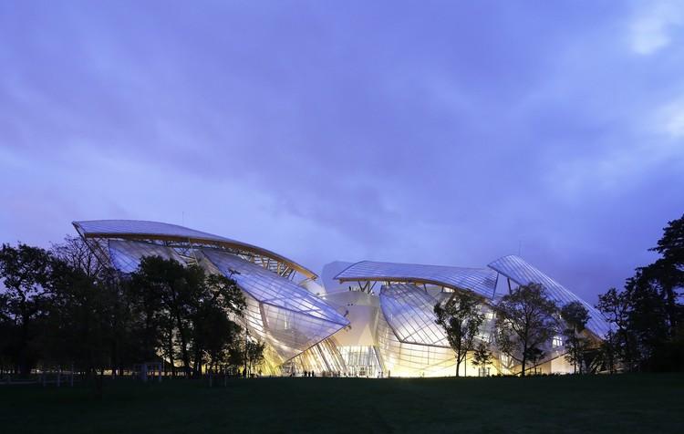 Frank Gehry: comprometimento com a forma, Fondation Louis Vuitton. Imagem © Todd Eberle