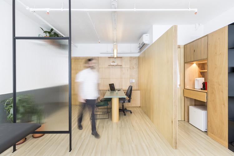 Rafael Paivas Office / URBANODE arquitetura