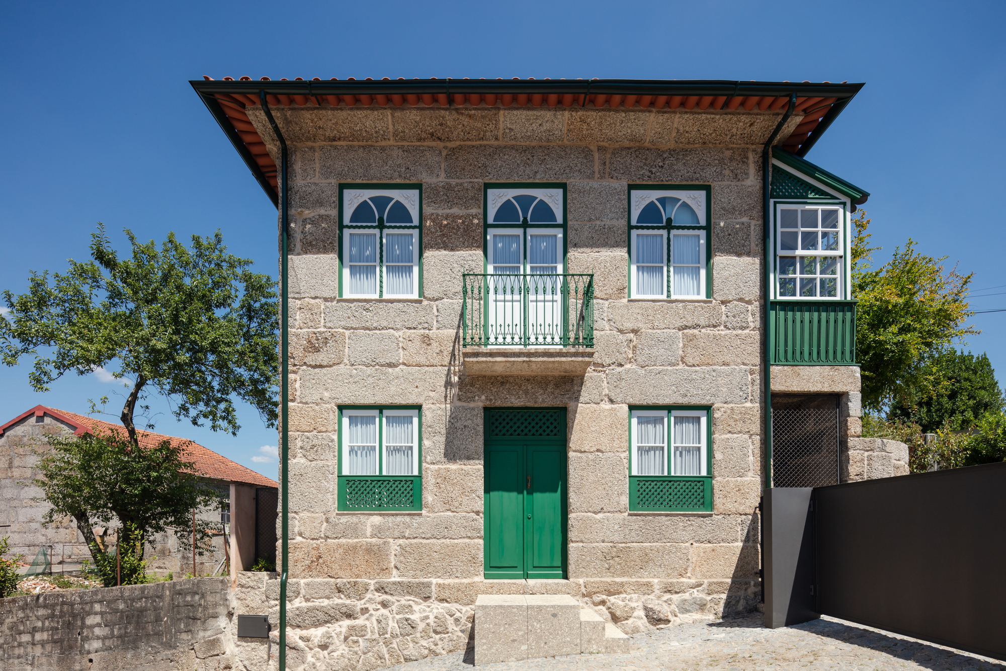 Cruz de Pedra House / Cá-colectivo de arquitectura