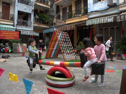 Mobile playground in Vietnam. Image Courtesy of UN-Habitat, Global Public Space Programme