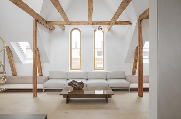 Vester Voldgade Apartment / Studio David Thulstrup