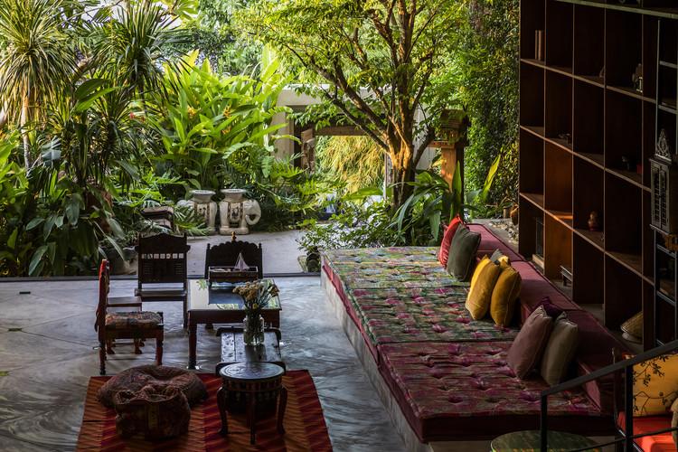 MM Tropical Suburb Town House / MM++ architects. © Hiroyuki Oki