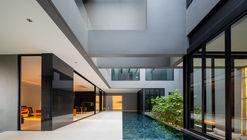 Inside-Out House / Studio Krubka
