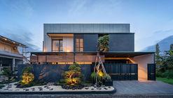 J House / y0 Design Architect