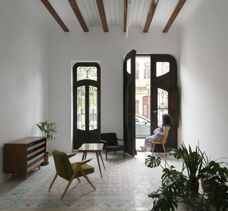 Rehabilitación de dos viviendas en el Cabanyal  / Lola Bataller + Noelia Falcón, © Milena Villalba