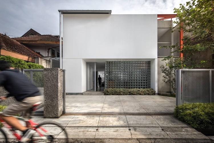 Doctor House / Tan Lik Lam Architects, © KIE