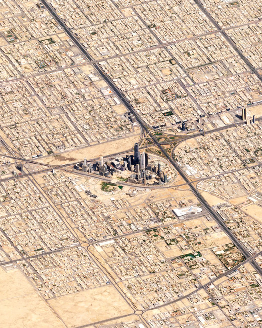 Riyadh, Saudi Arabia.  Created by @dailyoverview, images source:planetlabs