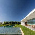 Sea Front Villa / ARQ Taylor Arquitetura e Interiores.  Foto © Ricardo Oliveira Alves