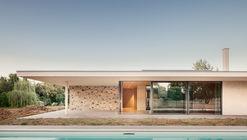 Patio House / Studio Contini