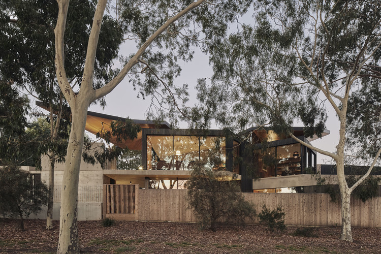 Levo's House / Clinton Murray Architects, © Peter Bennetts