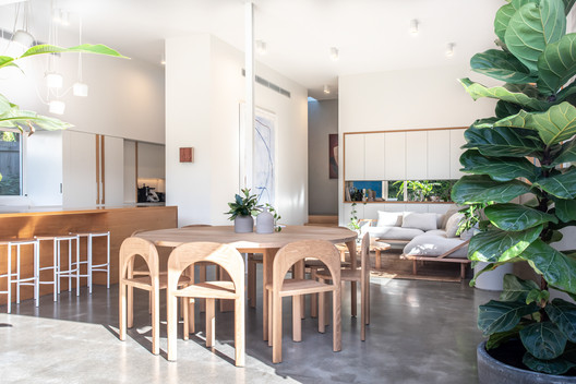 Casa de playa Sunshine / Teeland Architects