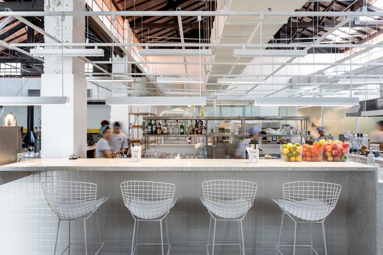 Futuro Refeitório Restaurant / Felipe Hess Arquitetos. Image © Fran Parente