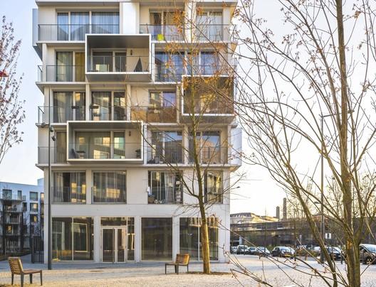 Divers(e) Cité Jardin Apartment Complex / Saison Menu Architectes Urbanistes