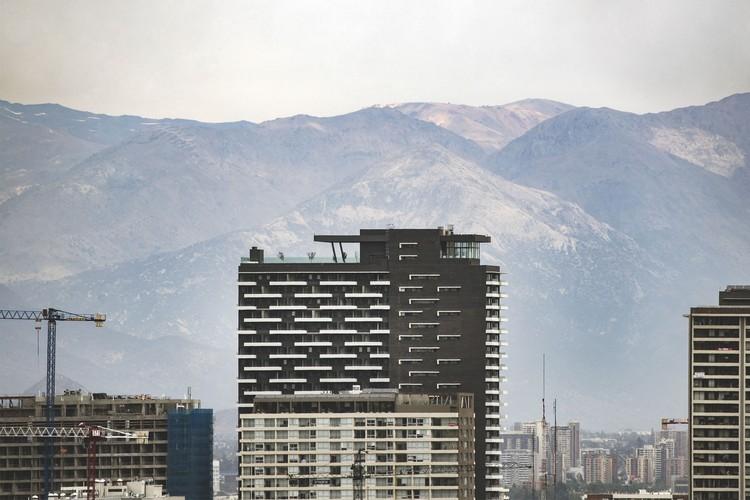 Edificio Urbano Ñuñoa / ASL Arquitectos, © Pablo Casals Aguirre