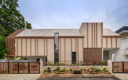 Casa sin ladrillos / Urban Design Collaborative