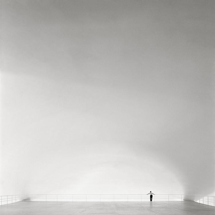 Fotografia de arquitetura e as narrativas dominantes: entrevista com Nelson Kon, OCA, Oscar Niemeyer - São Paulo/SP, 1954. Foto: © Nelson Kon