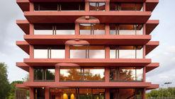 INES Centro de innovación / Pezo von Ellrichshausen