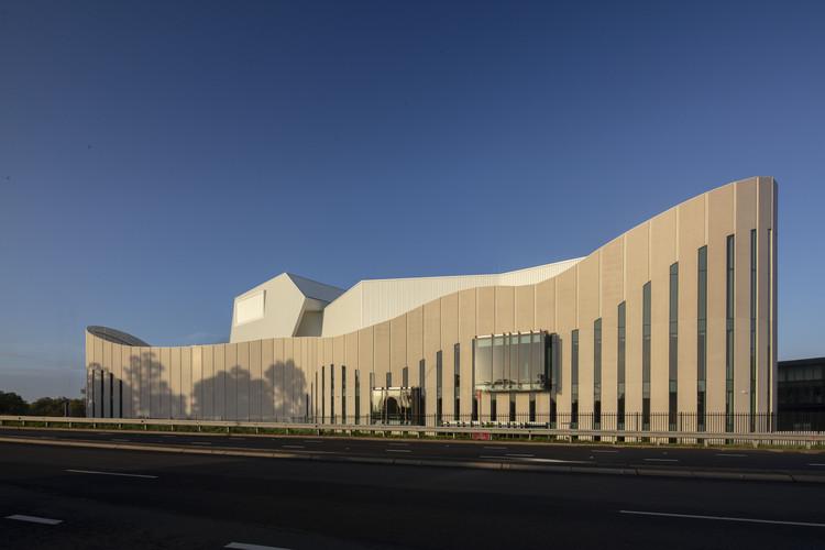 Sydney Coliseum Theatre / Cox Architecture