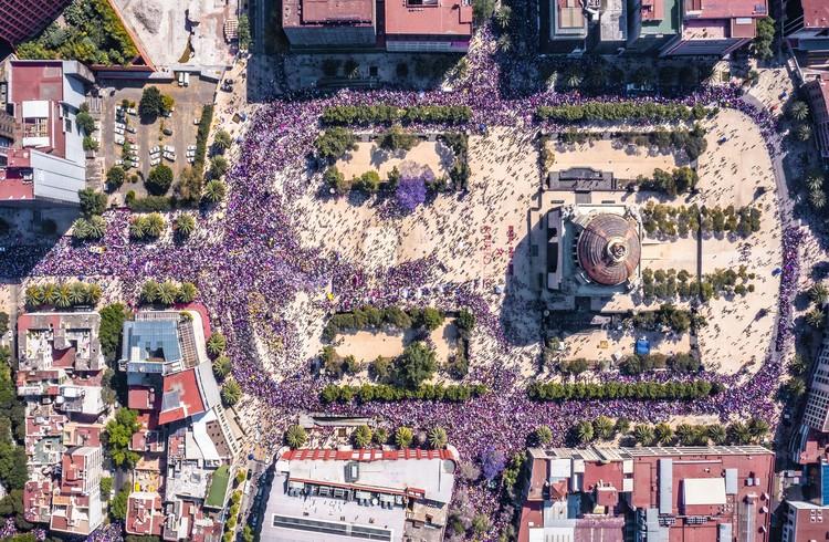 ¿Es el feminismo compatible con la arquitectura y el urbanismo?, Plaza de la República, Ciudad de México. Image © Santiago Arau