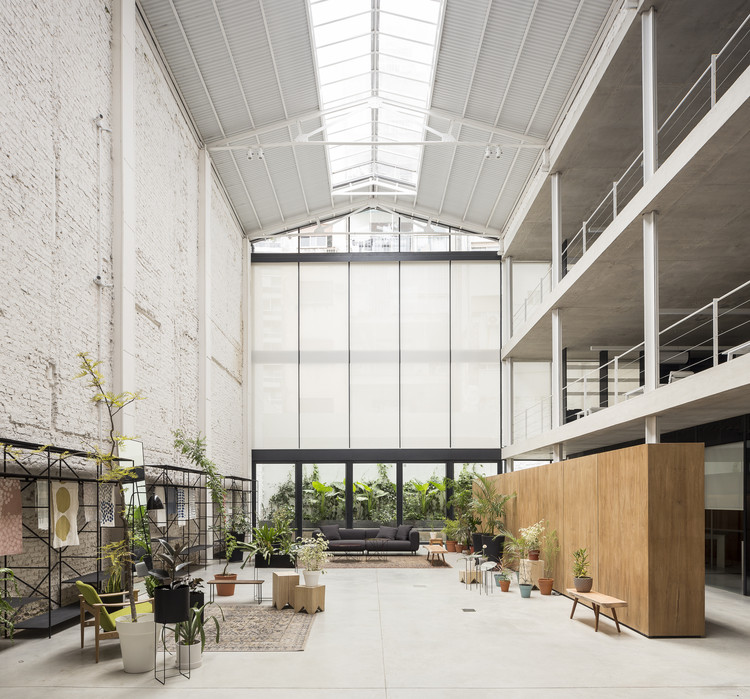 Soler Textiles Office / Ana Smud