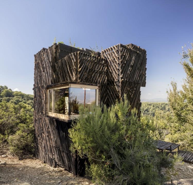 The Voxel – Una cabaña de cuarentena / Valldaura Labs, © Adrià Goula